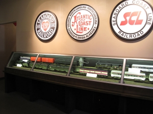AST Exhibits built this elongated case so that the trains could be displayed linked instead of as single cars.